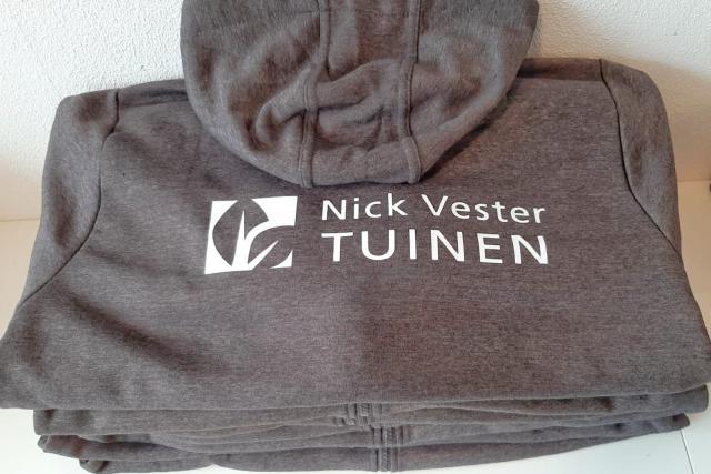 Bedrukte kleding Nick Vester Tuinen Zwaanshoek